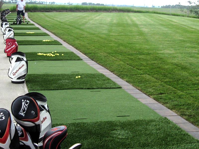 Innisfail Golf Club - Facilities - Driving Range - Innisfail, Alberta